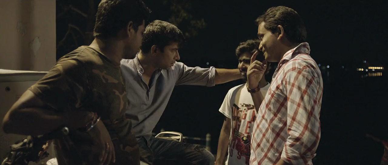 Red Oliender's Roktokorobi 2020 Movie Bengali 720p WebRip.mkv snapshot 00.12.47 [2020.06.05 06.30.17