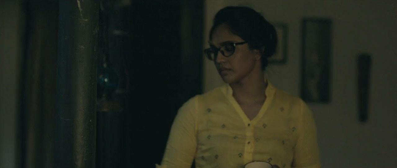 Red Oliender's Roktokorobi 2020 Movie Bengali 720p WebRip.mkv snapshot 00.39.30 [2020.06.05 06.30.39