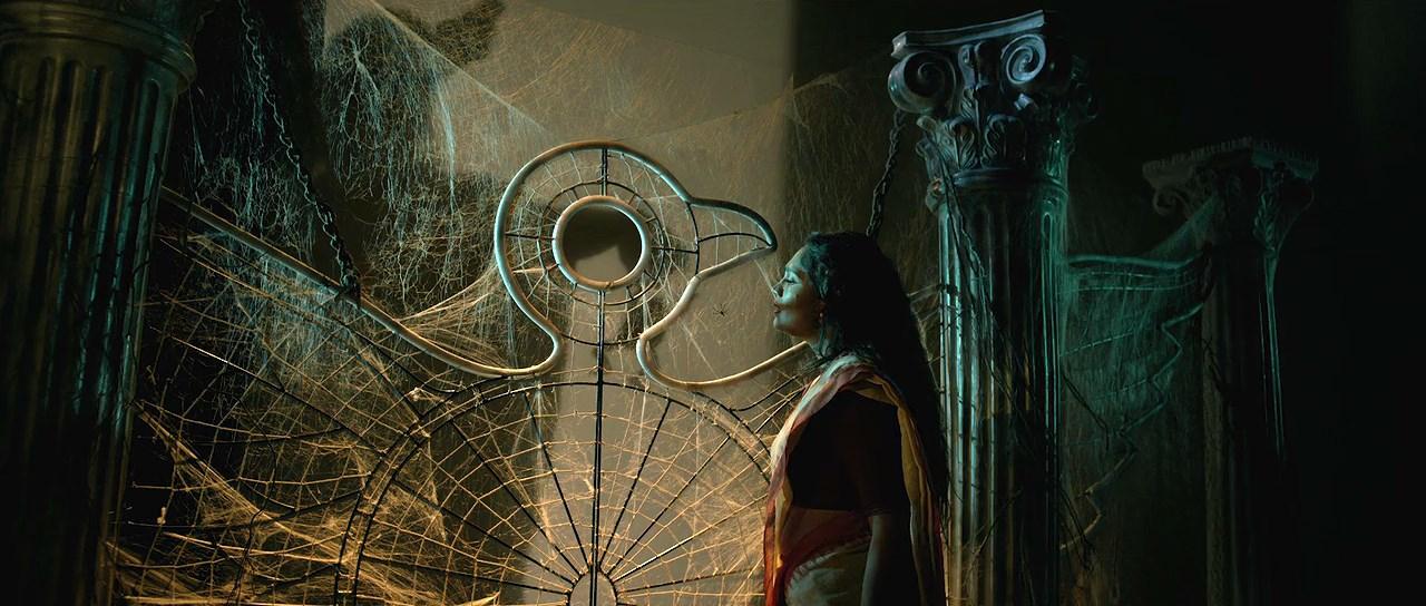 Red Oliender's Roktokorobi 2020 Movie Bengali 720p WebRip.mkv snapshot 01.12.40 [2020.06.05 06.31.05