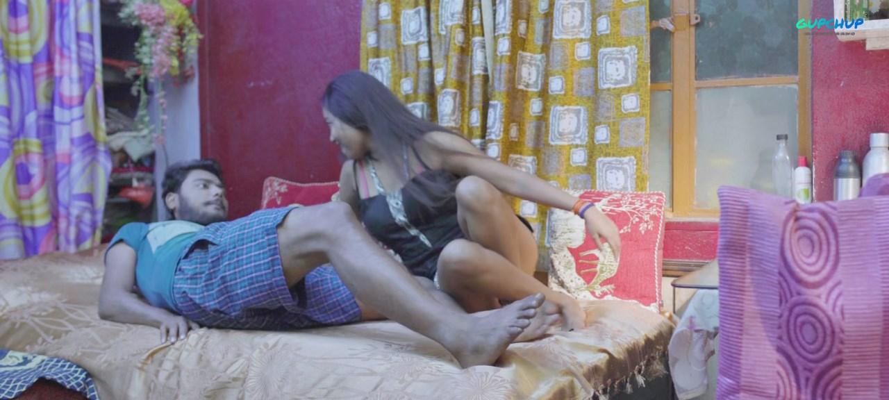 PNSEXTEP4 5 - Phone Sex 2020 S01E04 Hindi Gupchup Web Series 720p HDRip 100MB Download