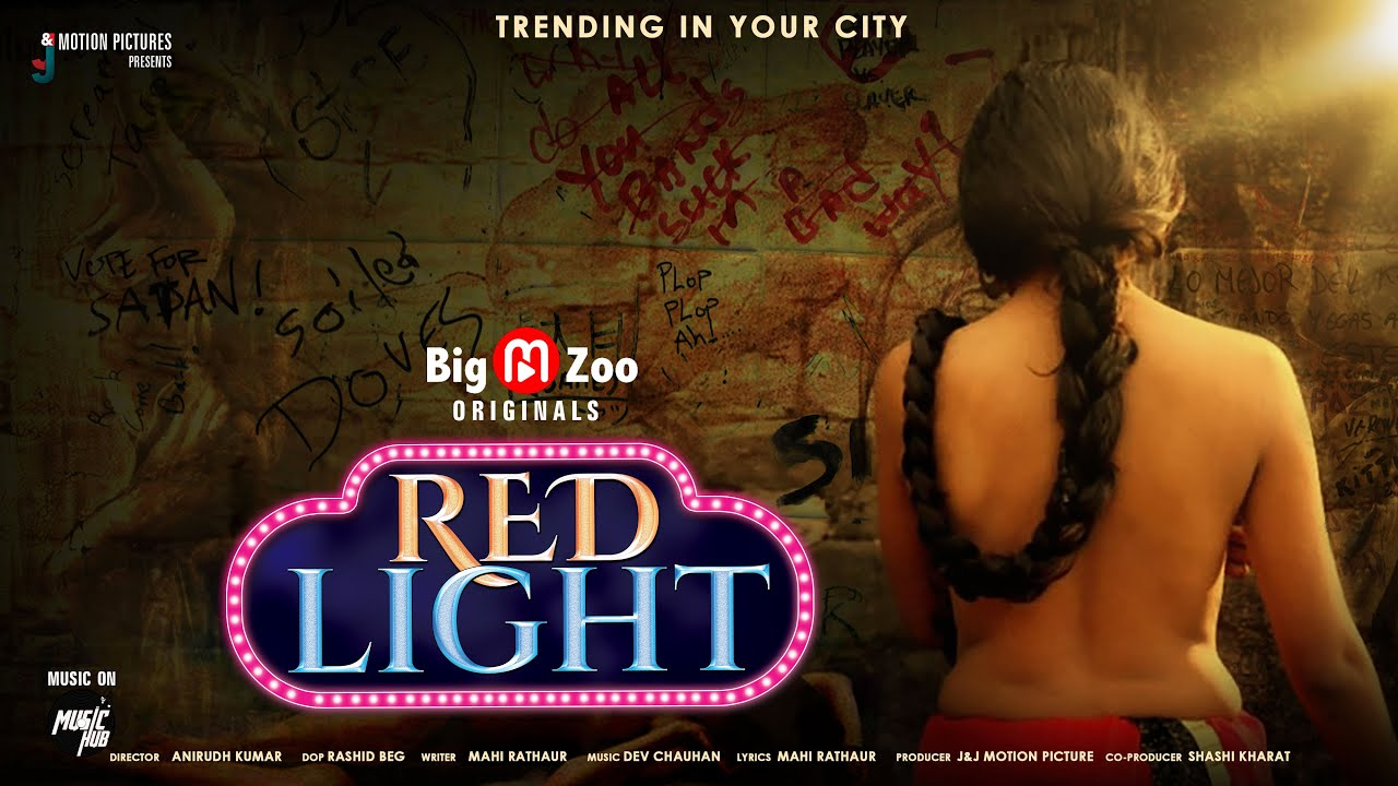 18+ Red Light 2020 S01 Hindi Hot Web Series 720p HDRip 300MB x264 AAC
