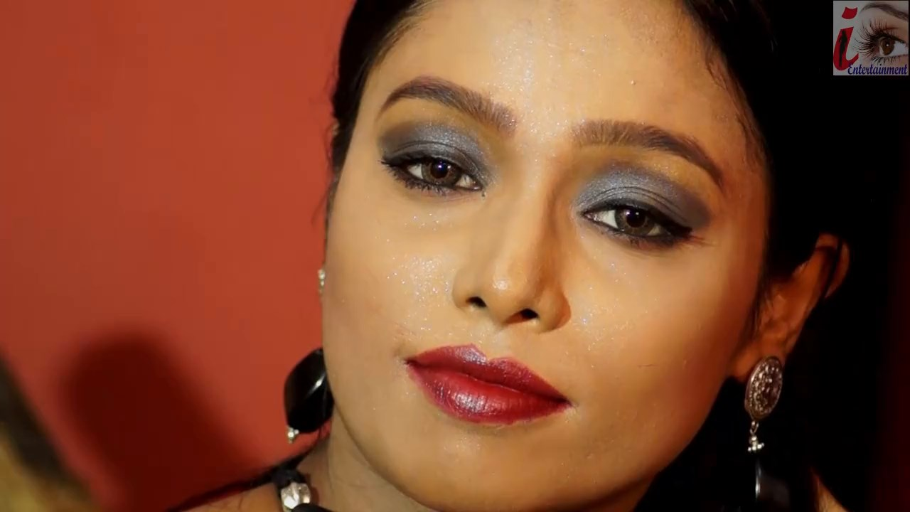 SSBB 17 - 18+ Shilpa Black Sharee 2020 iEntertainment Originals Hindi Video 720p HDRip 170MB x264 AAC
