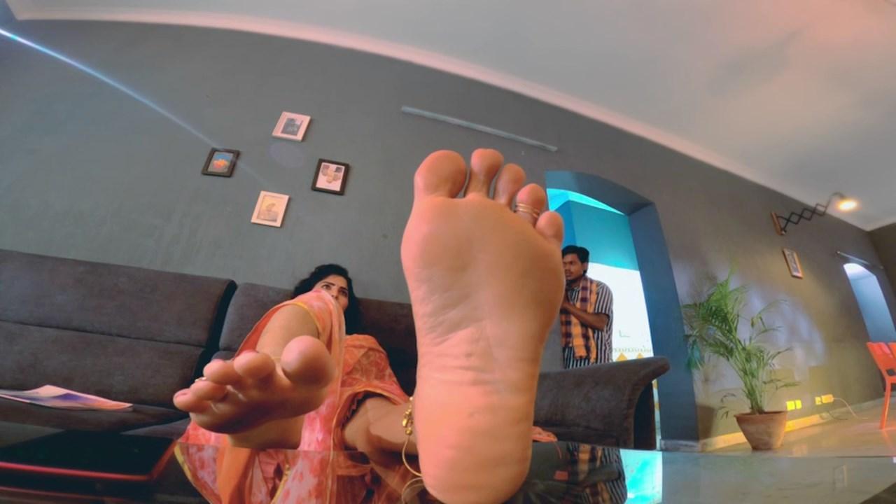 NKD 20 - 18+ Naked (2020) Hindi RGV World Movie Short Film 720p HDRip 150MB x264 AAC