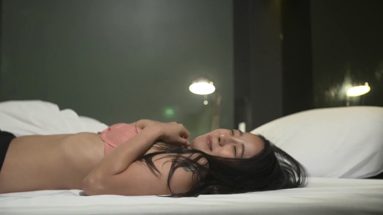 Sister's Video 2020 Korean Movie 720p HDRip.mp4 snapshot 00.55.03.125