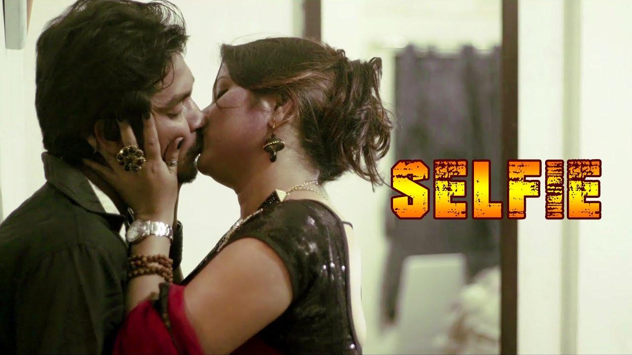 Selfie 2020 Bengali Short Film 720p UNRATED HDRip 120MB x264 AAC