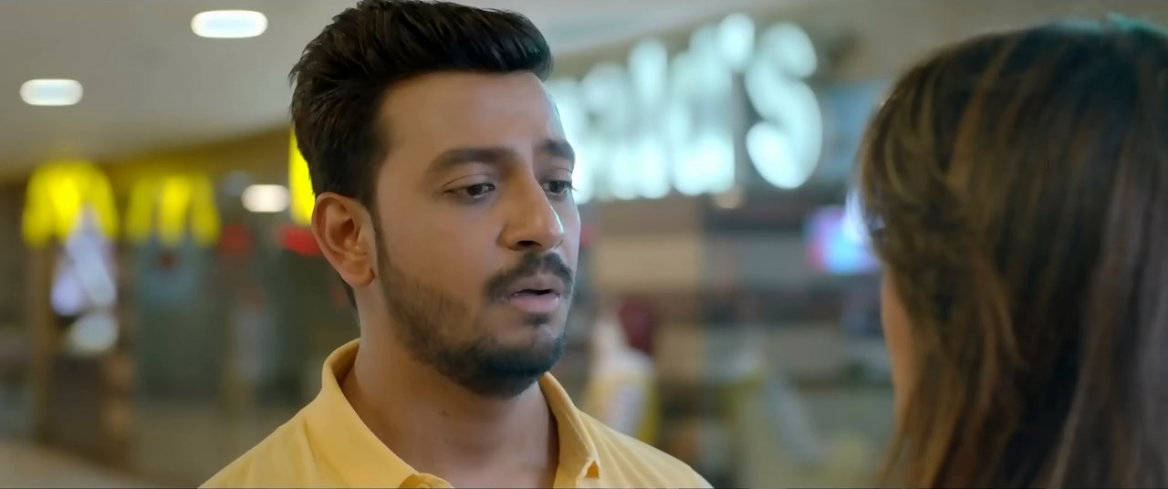 Biye.Com (2020) Bengali 720p HDRip.mkv snapshot 01.32.00.585