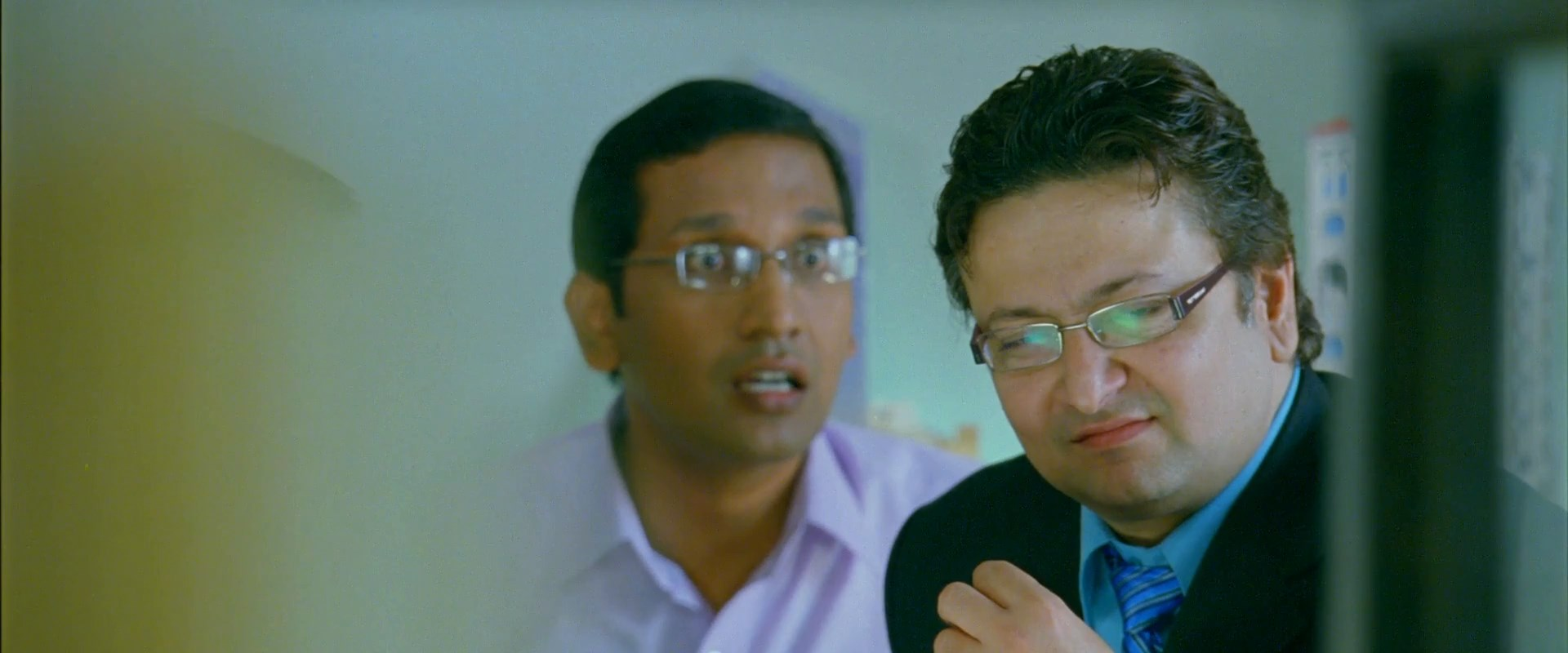 Ami Shubhash Bolchi.2020.Bangali.1080p.WEB DL.H264.AAC.D0T.Telly.mkv snapshot 01.23.42.000