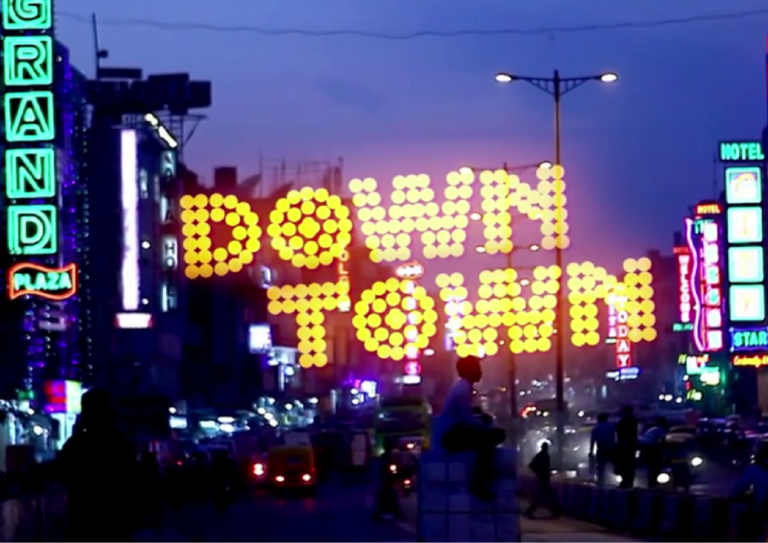 Down Town 2021 Hindi 720p | 480p WebRip 560MB | 210MB x264