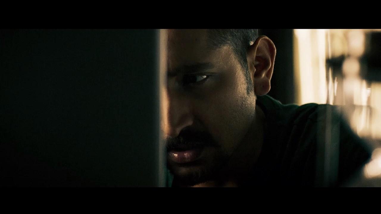 Jawker Dhan 2021 Bengali Movie 720p WEB DL H264 AAC.mkv snapshot 00.32.36.000