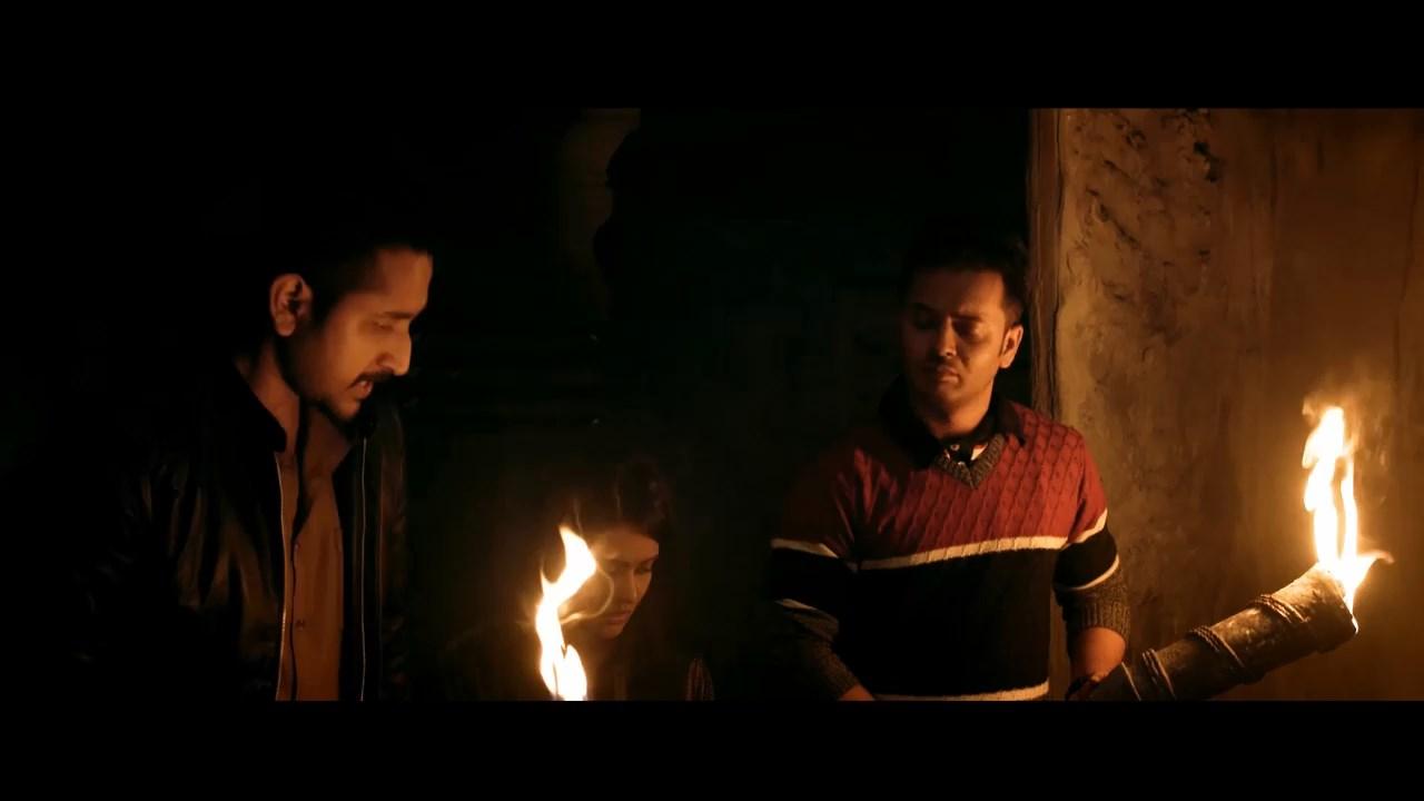 Jawker Dhan 2021 Bengali Movie 720p WEB DL H264 AAC.mkv snapshot 01.32.43.000