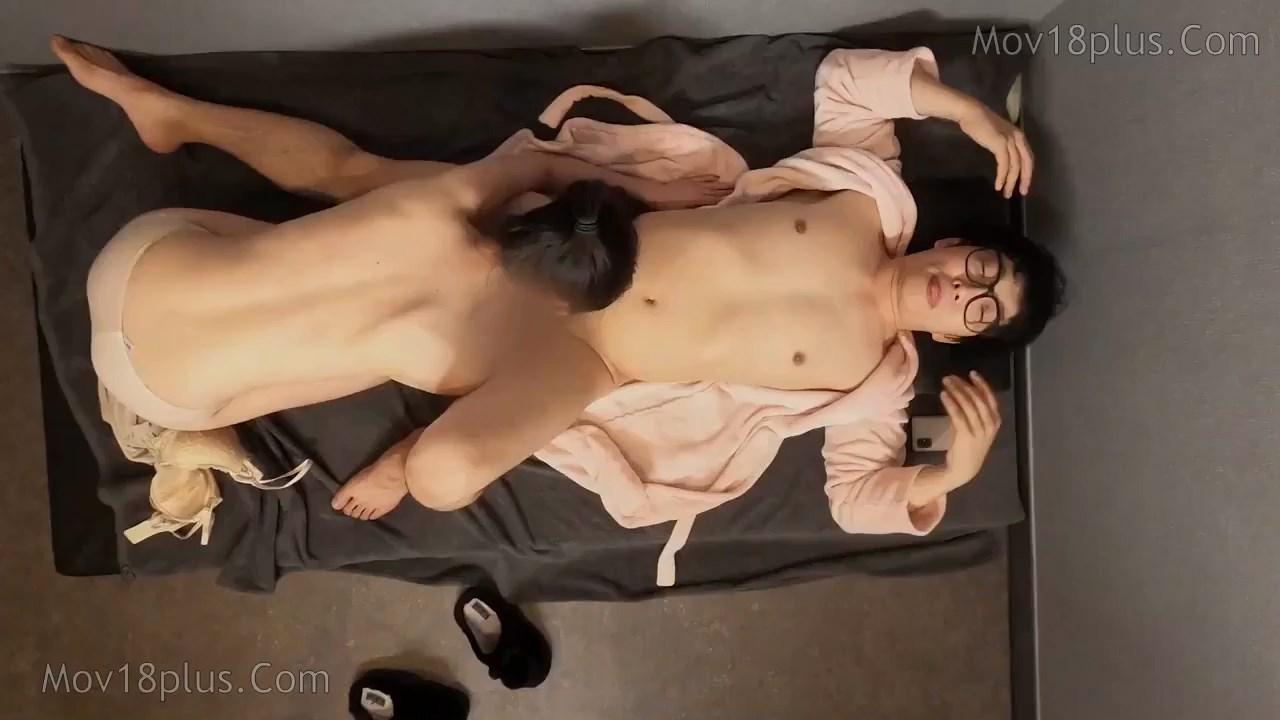 Trade secrets of the amazing massage shop 2021 Korean Movie 720p HDRip.mp4 snapshot 00.17.54.416