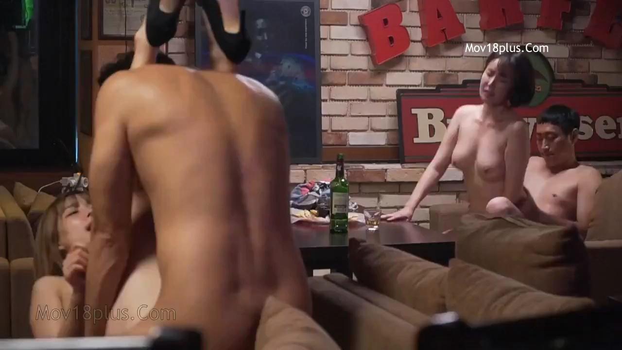 Bikini Bar Delicious Service 2020 Korean Movie 720p HDRip.mp4 snapshot 00.38.41.041