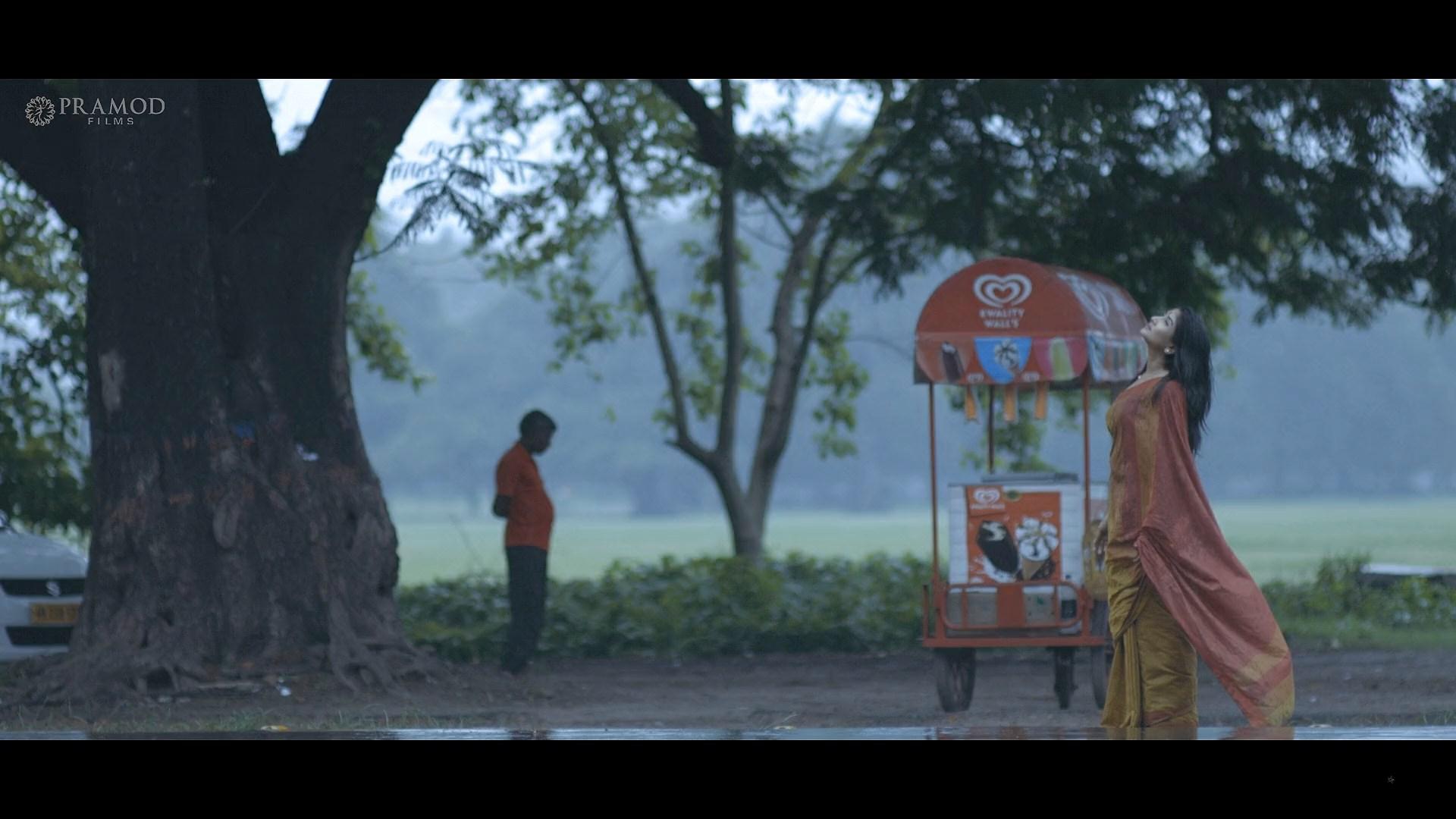 Unicorn (2021) 1080p Bengali WEB DL ESub.mkv snapshot 54.00.000