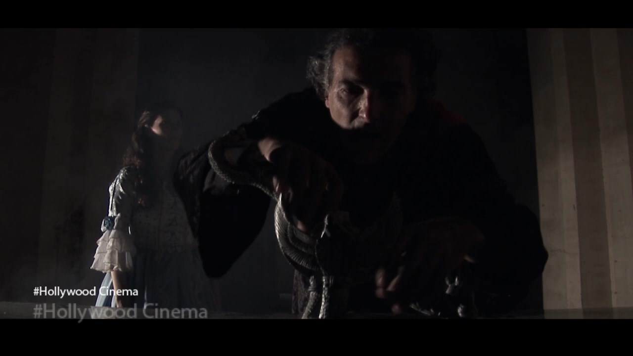 Apostle of Dracula (4)