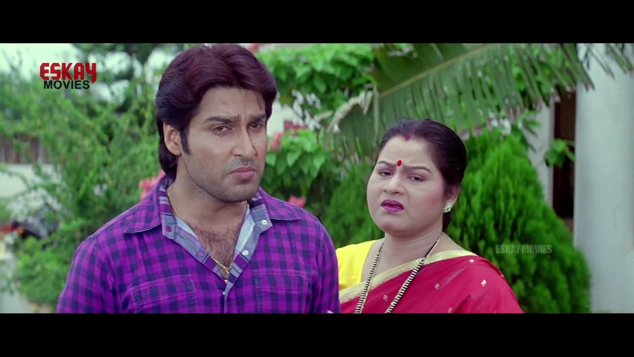 Aasbe Kobe Tumi Seje Mohini 2021 Bengali Movie.mp4 snapshot 00.31.44.000