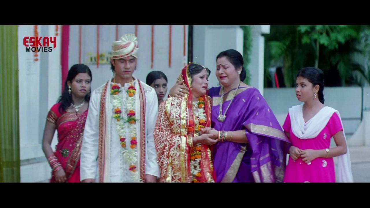 Aasbe Kobe Tumi Seje Mohini 2021 Bengali Movie.mp4 snapshot 01.44.32.000