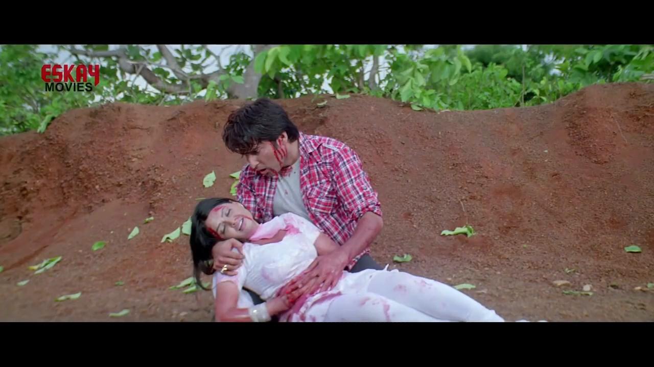 Aasbe Kobe Tumi Seje Mohini 2021 Bengali Movie.mp4 snapshot 01.52.16.000