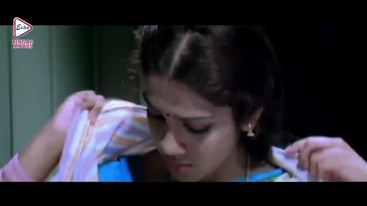 Agoon Jolche 2021 Bengali Dubbed Movie.mp4 snapshot 00.53.48.200