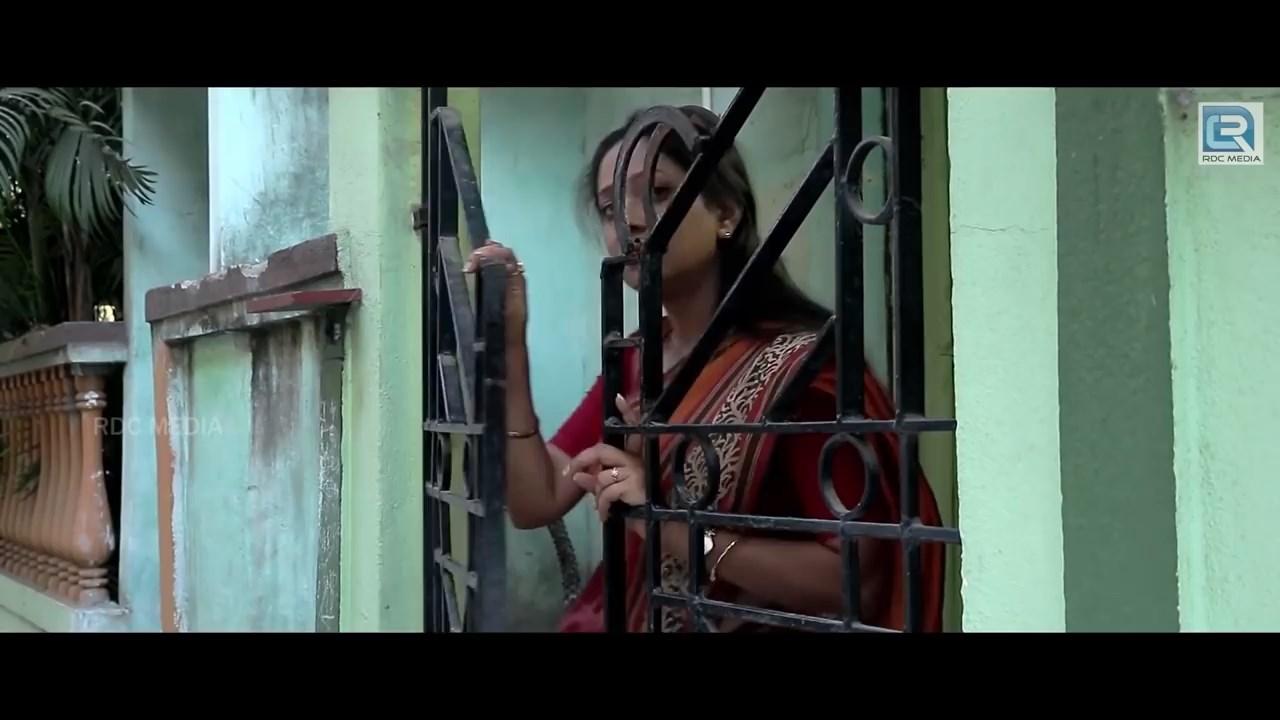 Dugdhonokhor 2021 Bengali Full Movie.mp4 snapshot 00.13.17.333