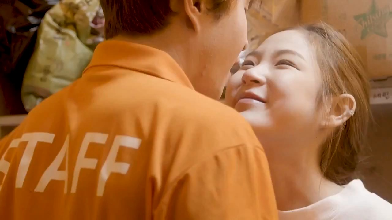 Sincheon Station Exit 3 (2020) Korean Movie 720p HDRip 600MB.mkv snapshot 00.53.37.067
