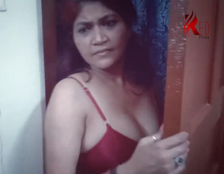 S Mom 2021 Redflx Short Film WEB-DL x264