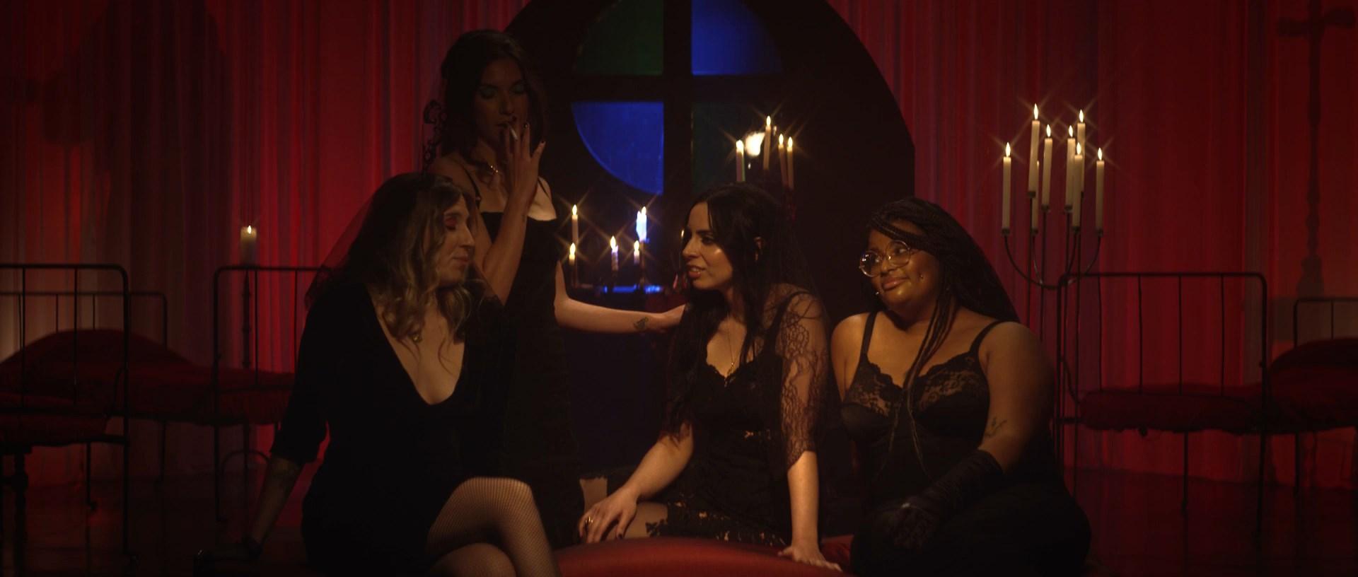Sisters Of Pleasure (4)