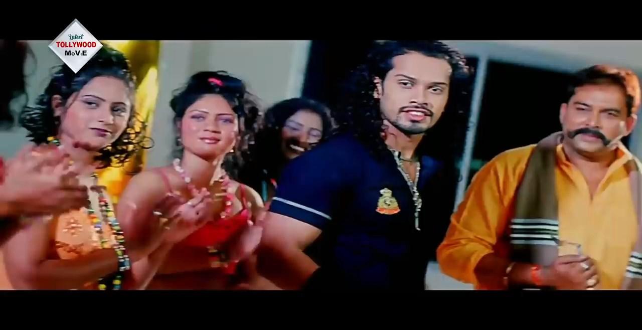 NAGINIR PRATIGHAT Bengali Dubbed Movie.mp4 snapshot 00.57.39.760