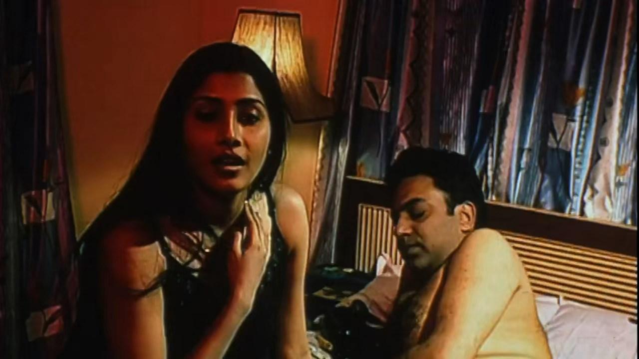 Hotath Neerar Jonnyo (2004) UNRATED Bengali 720p HDRip.mkv snapshot 00.15.24.981