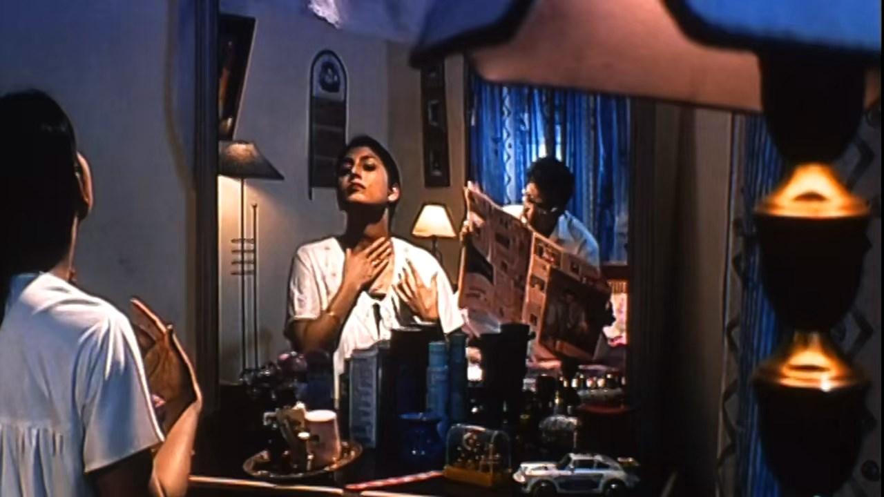 Hotath Neerar Jonnyo (2004) UNRATED Bengali 720p HDRip.mkv snapshot 00.42.12.101