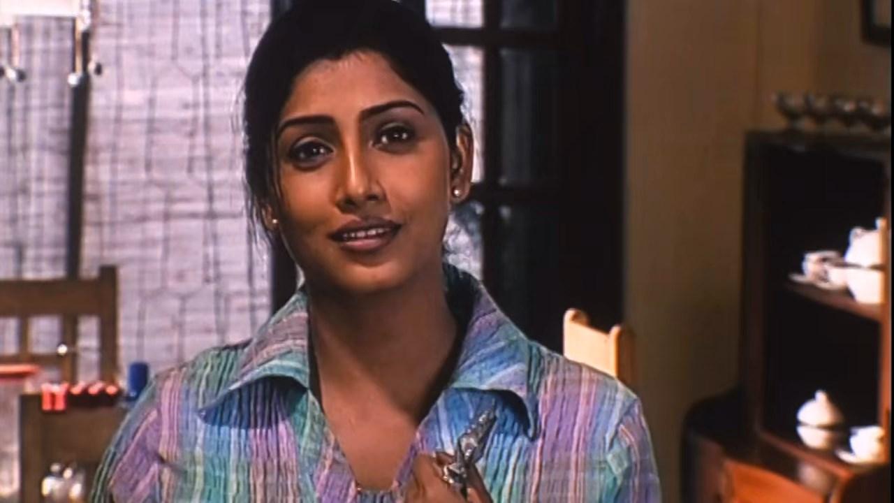 Hotath Neerar Jonnyo (2004) UNRATED Bengali 720p HDRip.mkv snapshot 01.36.08.421