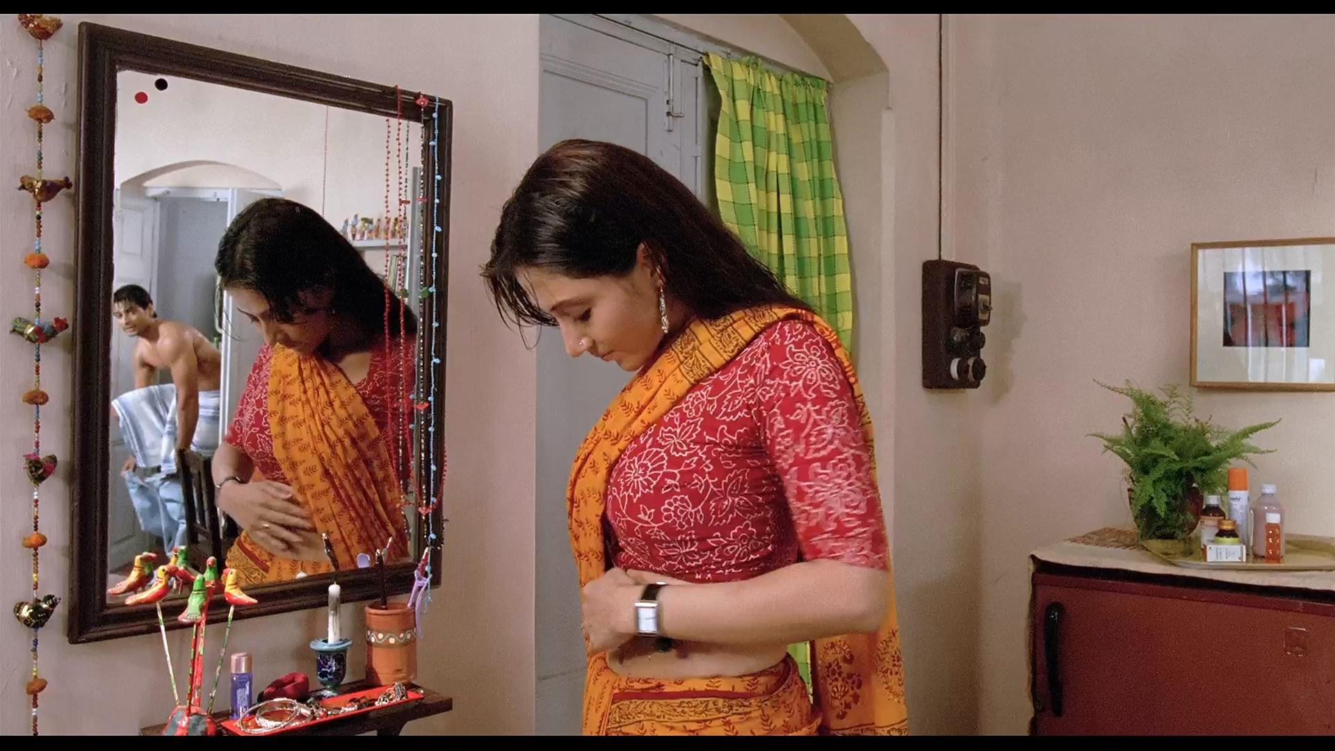 Janala 2009 Bengali 1080p WEBRip x264 AAC.mkv snapshot 00.02.07.500