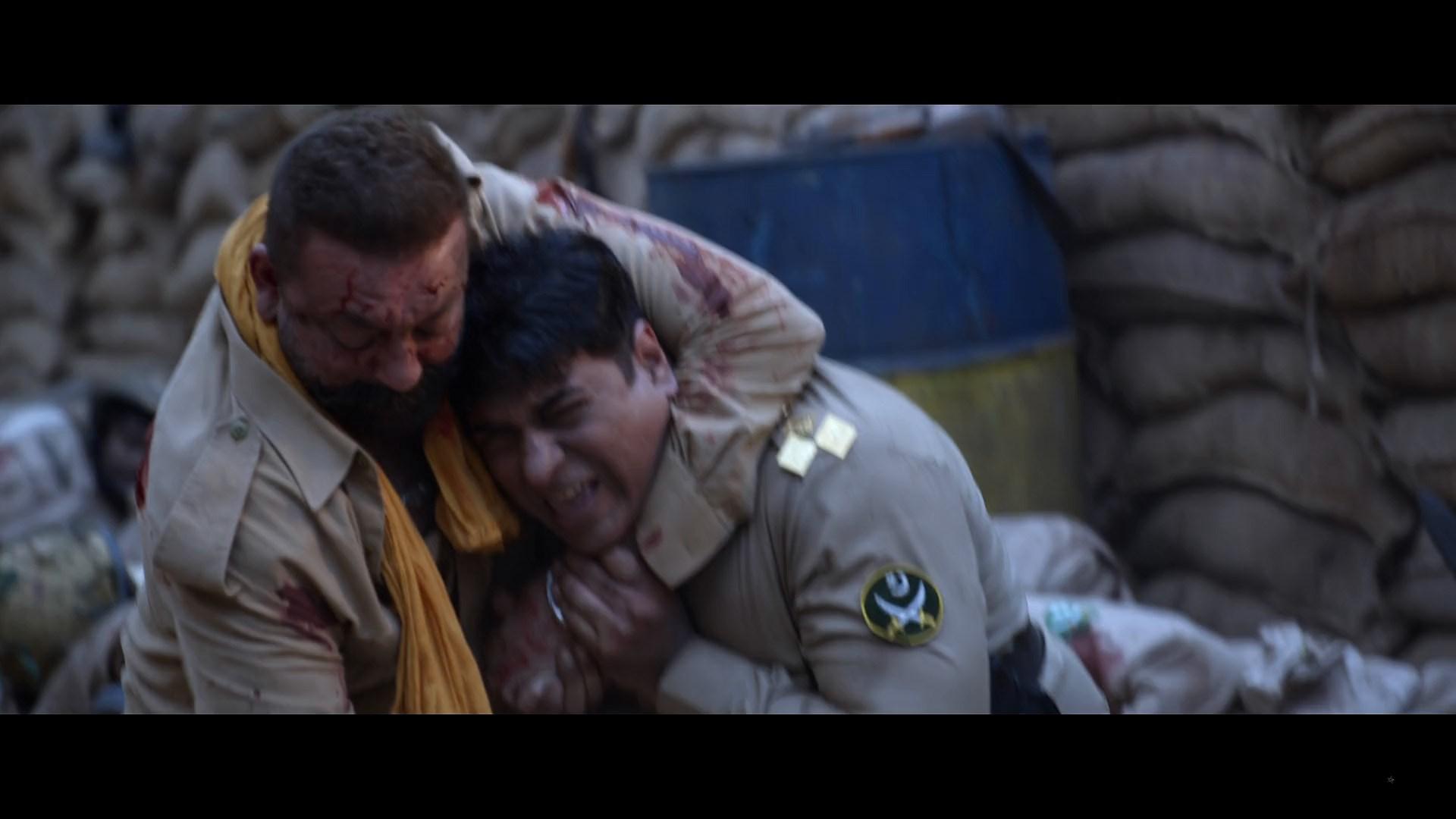 Bhuj The Pride Of India (9)