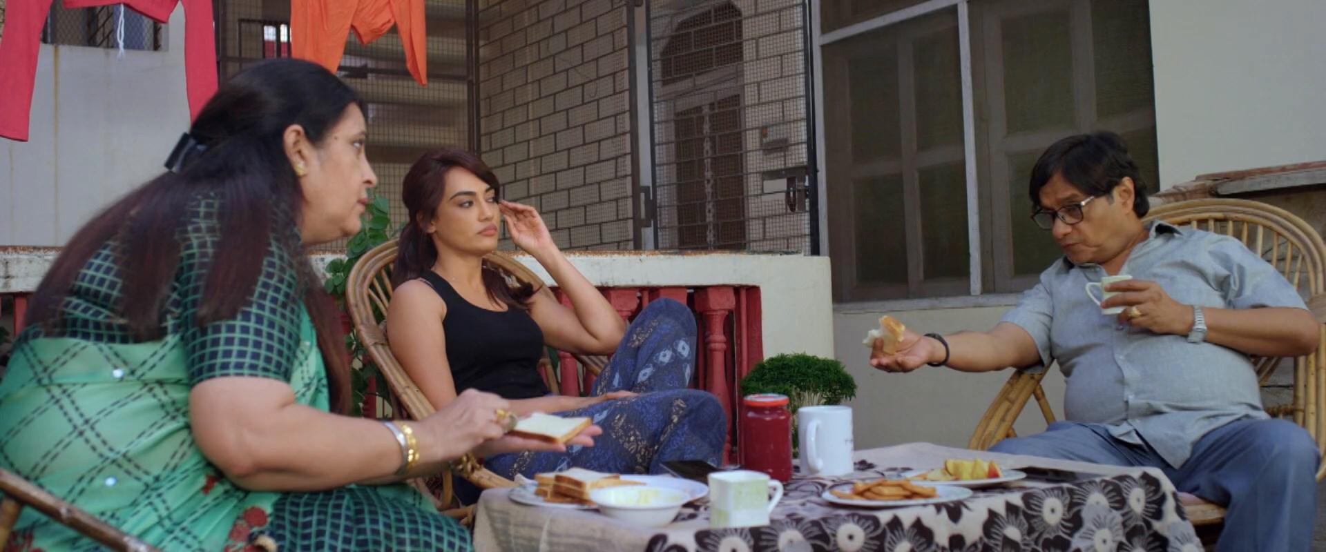 Kya Meri Sonam Gupta Bewafa Hai 2021 (3)