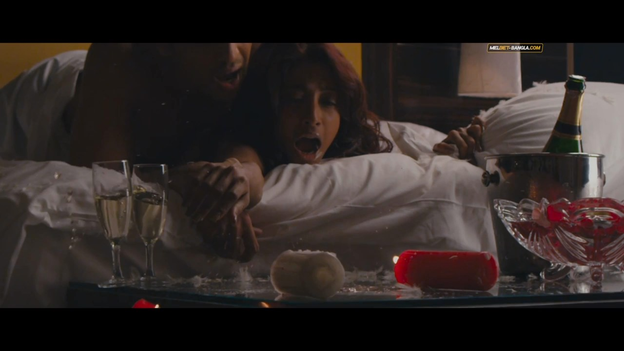 Hate Story (16)
