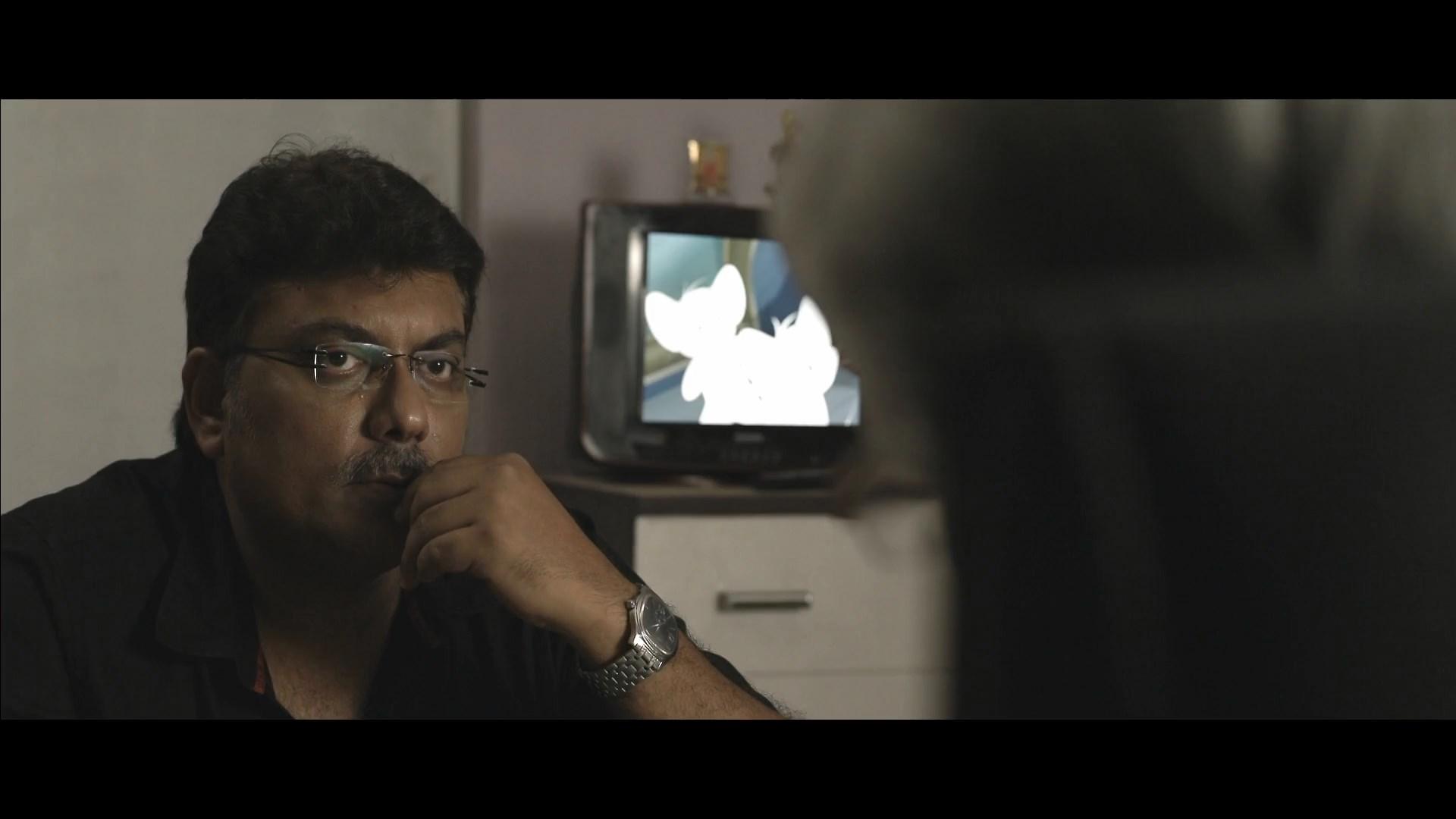 Ekti Bangali Bhooter Goppo 2021 Bengali 1080p WEB DL x264.mkv snapshot 00.24.50.000