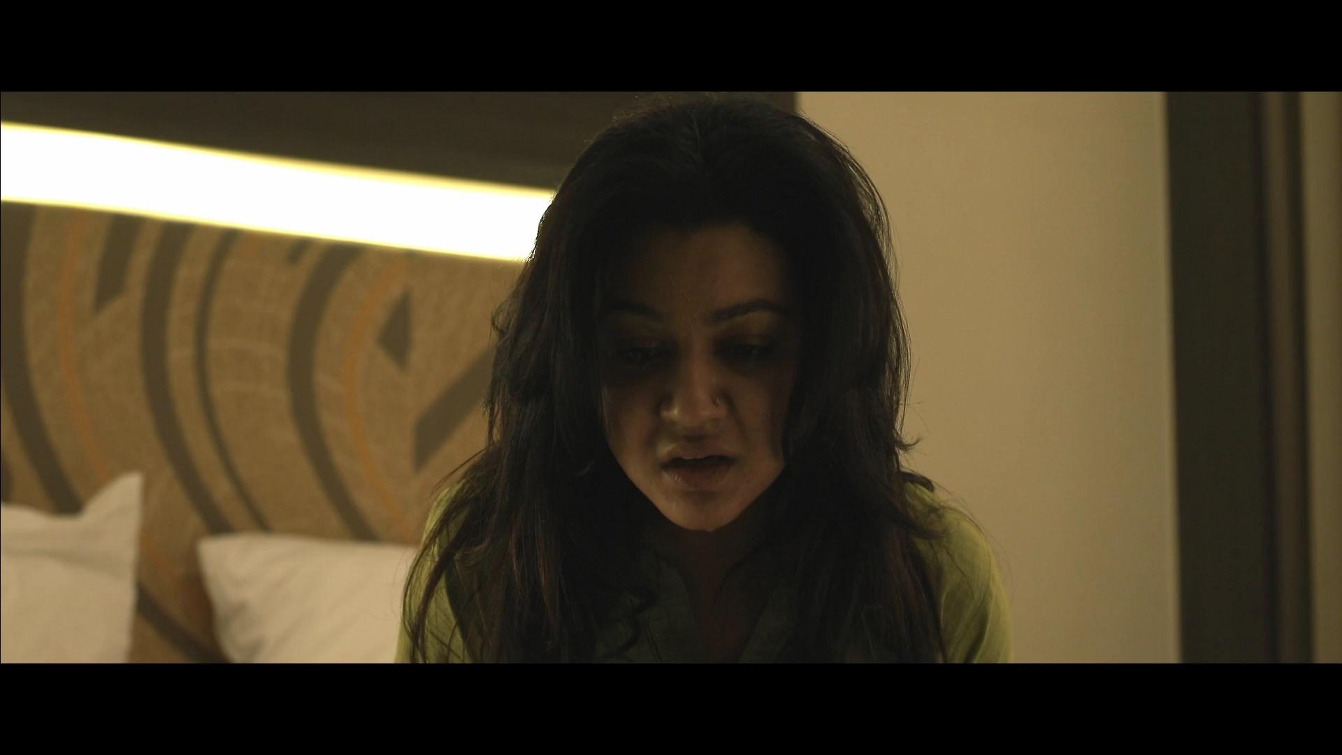 Ekti Bangali Bhooter Goppo 2021 Bengali 1080p WEB DL x264.mkv snapshot 00.32.08.000