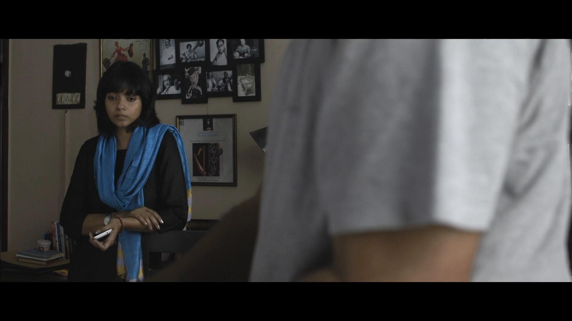 Ekti Bangali Bhooter Goppo 2021 Bengali 1080p WEB DL x264.mkv snapshot 01.45.26.000